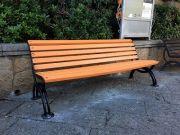 La-panchina-arancione-in-piazza-Risorgimento-ad-Arzachena-web